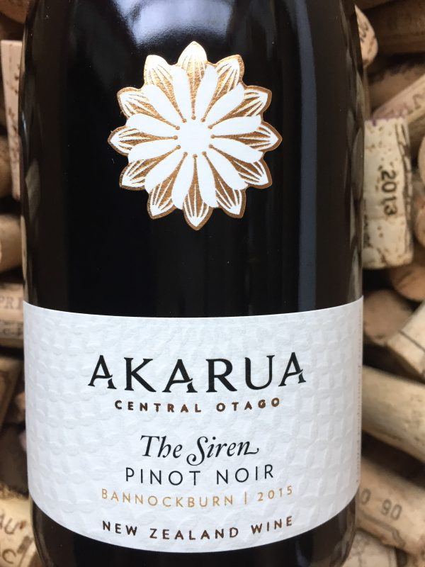 Akarua Pinot Noir The Siren Bannockburn Central Otago 2015